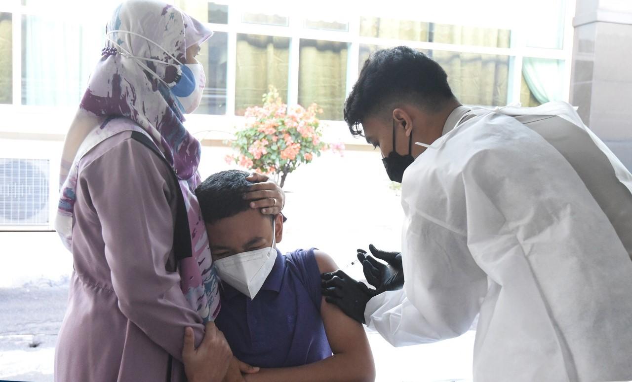 Cegah Penyebaran Covid-19 Tingkat Keluarga, LAN Laksanakan Vaksinasi untuk Keluarga Pegawai LAN